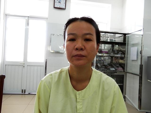 Chị Trần Thị Diệu Hiền chia sẻ những khó khăn của gia đình khi Phương bị bệnh nặng