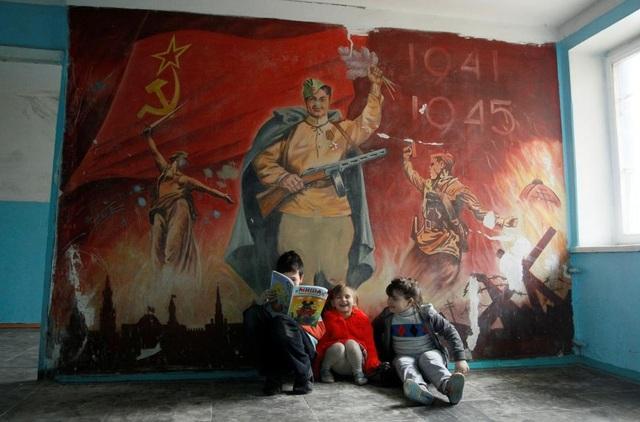 Cuộc xung đột tại Ukraine nổ ra vào năm 2014, sau khi Nga sáp nhập bán đảo Crimea. Cho tới nay, gần 10.000 người đã thiệt mạng kể từ khi giao tranh bắt đầu bùng phát tại Đông Ukraine. (Ảnh: Reuters)