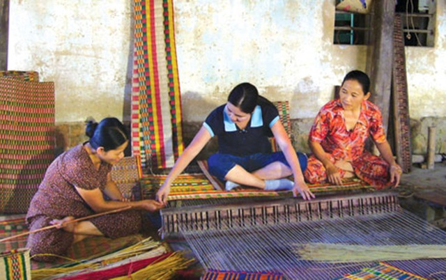 Làng Cẩm Nê bé nhỏ, song chiếu Cẩm Nê nổi danh khắp miền Trung từ hàng trăm năm trước
