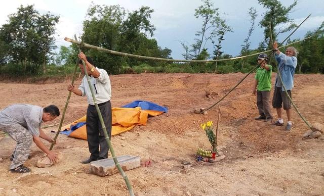 Vụ tìm thấy bia đá vợ vua Nguyễn tại dự án bãi đỗ xe: Chủ đầu tư sai luật - 7