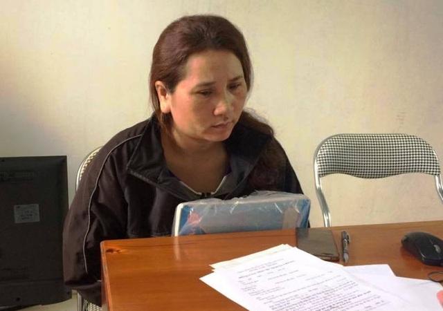 Bà Đào Thị Hằng làm việc tại UBND xã Hải Hà