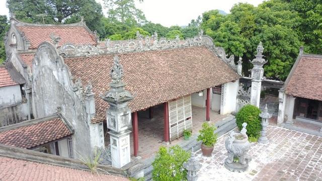Chùa Bà Đanh có diện tích khoảng 10ha, được xem là một trong những ngôi chùa đẹp và cổ kính nhất Hà Nam nói riêng và của miền Bắc nói chung