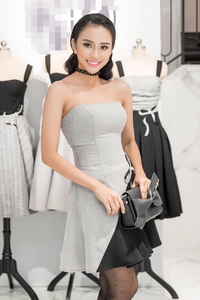 Nguyễn Thiên Nga (nickname: Yumi), 23 tuổi, chiều cao 1m70. Cô hiện là người mẫu tự do và là gương mặt quảng cáo cho nhiều thương hiệu lớn. Cô gái 23 tuổi này sở hữu trong tay vai diễn phim truyện, từng đạt nhiều giải thưởng ấn tượng như: Miss Style 2014 (New star 2014), Top 20 Model and talent 2015. Ngoài ra cô cũng từng có cơ hội được sải bước trên sàn diễn thời trang của Asia Collection Spotlight live in VietNam 2014.