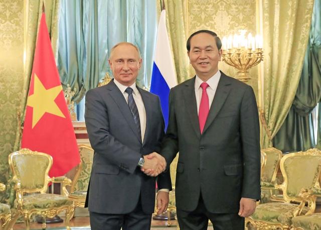 Chủ tịch nước Trần Đại Quang gặp Tổng thống Liên bang Nga V. Putin
