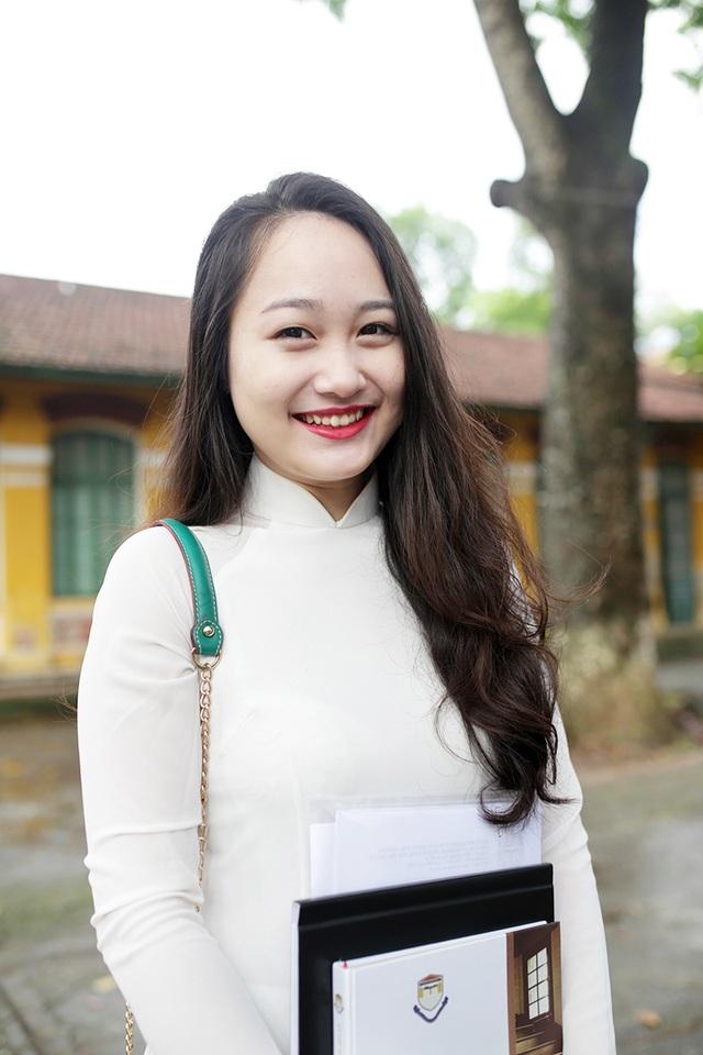 Nguyễn Thu Hà – cựu Đại sứ Chu Văn An duyên dáng, xinh xắn