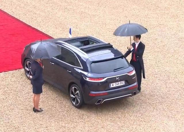 Tân tổng thống Pháp dùng xe gì trong lễ nhậm chức? - 10