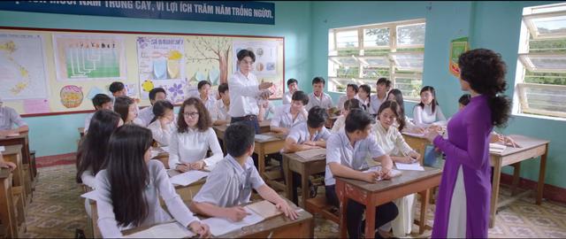 Cô gái đến từ hôm qua là bộ phim được chuyển thể từ truyện dài của nhà văn Nguyễn Nhật Ánh.