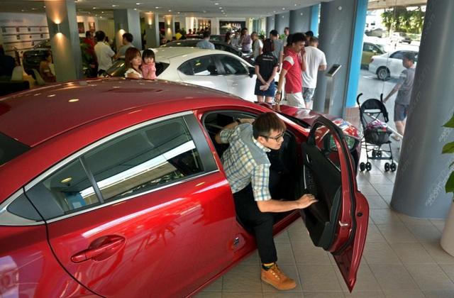Vì sao giá xe ô tô ở Singapore cao ngất ngưởng? - 2