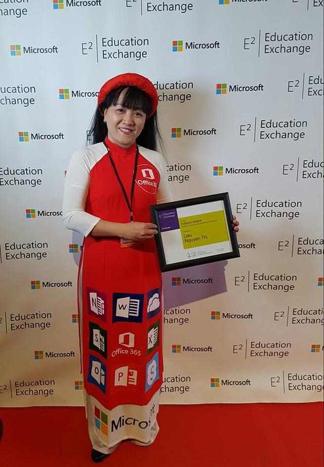 Cô giáo duy nhất nhận giải thưởng Phụ nữ Việt Nam 2017 - 1