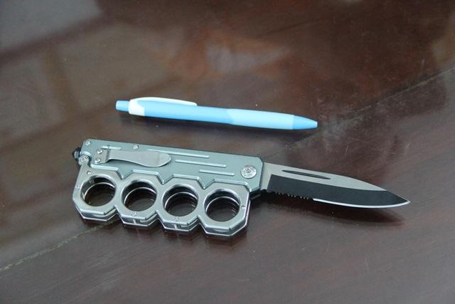 Con dao Nguyên dùng đâm hai em anh anh Th.