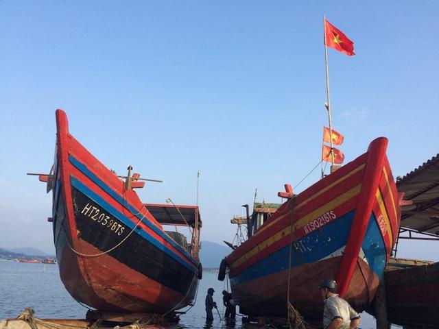 Đây những con thuyền ông Sơn tham gia đóng. Có còn tàu lớn có công suất 380CV