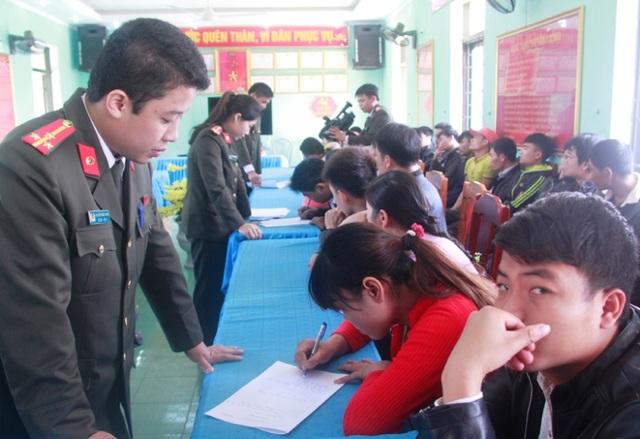 Công an huyện Cẩm Thủy ngăn chặn kịp thời vụ 32 công dân chuẩn bị xuất cảnh trái phép sang Trung Quốc