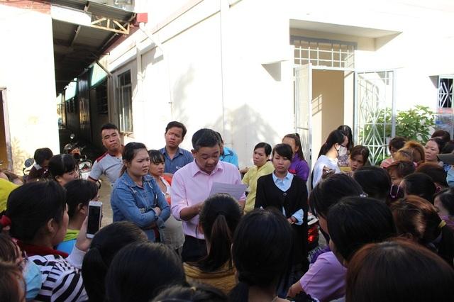 Ngành chức năng Khánh Hòa thông báo với công nhân sau khi đạt được thỏa thuận với công ty về việc đòi quyền lợi cho họ