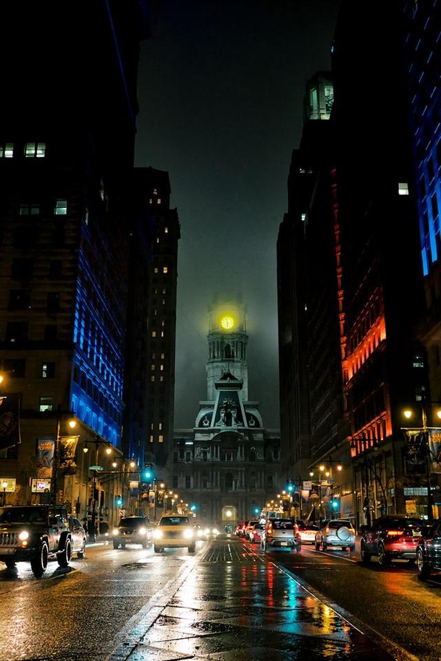 Tòa thị chính thành phố Philadelphia mang lại cho người ta cảm giác như đang bước vào thành phố Gotham của Người Dơi. Đặc biệt nó càng trở nên ma mị hơn khi màn đêm buông xuống.