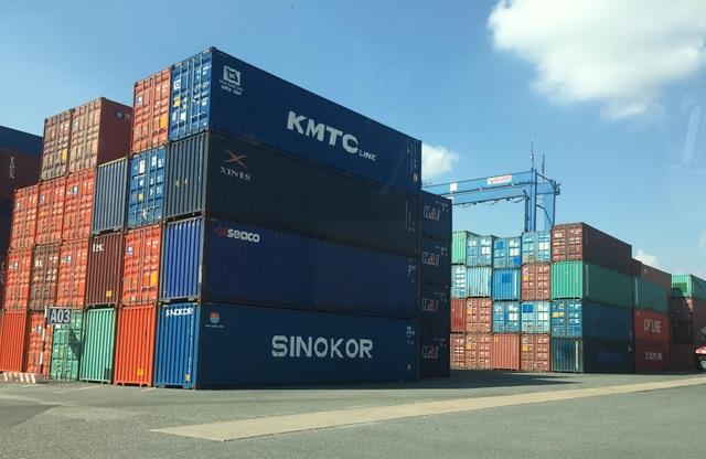 Năm 2015, lô hàng hoá với 213 container sau khi quá cảnh ở Cảng Cát Lái đã không đến Cảng Campuchia theo quy định