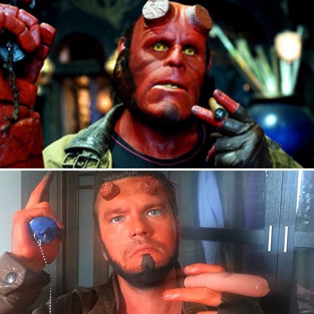"""Lại một bộ trang phục Cosplay với 90% nguyên liệu là xúc xích, nhân vật lần này chính là """"Hellboy""""."""