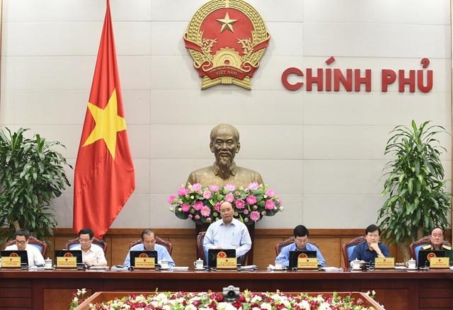 Thủ tướng chủ trì phiên họp chuyên đề xây dựng thể chế