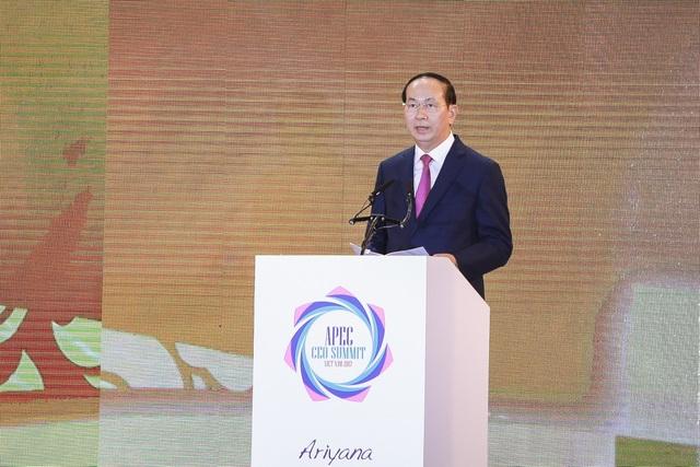 Chủ tịch nước Trần Đại Quang có bài phát biểu quan trọng tại CEO Summit chiều 8/11