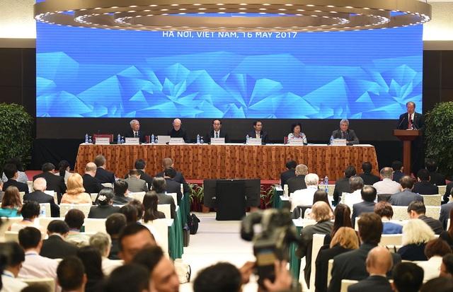 Chủ tịch nước Trần Đại Quang chủ trì và khai mạc Đối thoại nhiều bên về APEC hướng tới 2020 và tương lai, sáng 16/5