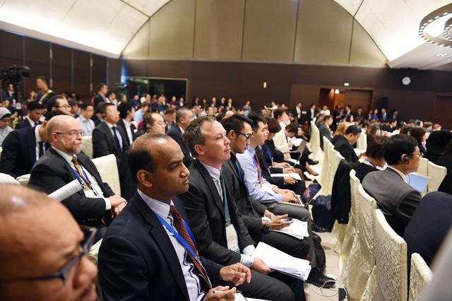 Đại biểu các nước thành viên APEC tham dự Đối thoại