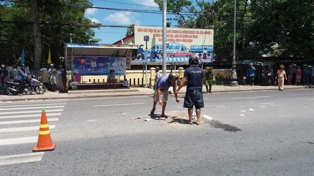 Hiện trưởng vụ tai nạn ở ngã ba Dạ Lê, Quốc lộ 1A