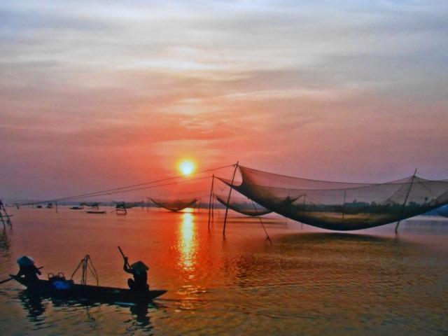 Cửa Đại sớm mai - Võ Văn Phi Long