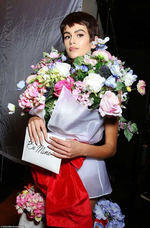 Kaia Geber - con gái Cindy Crawford