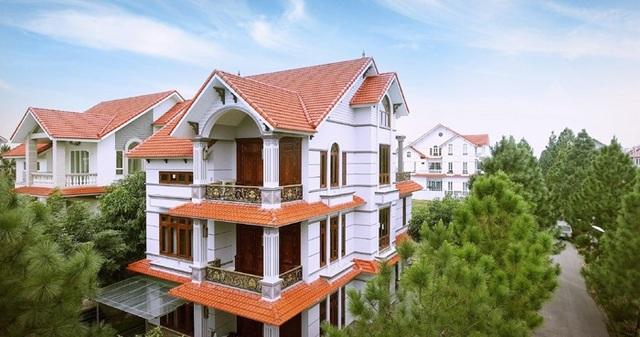 Những căn biệt thự tại The Phoenix Garden được thiết kế theo phong cách tân cổ điển sang trọng