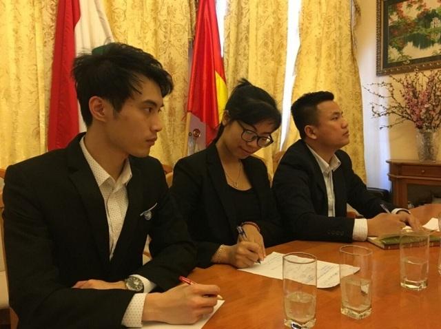 Đại diện SV Việt Nam tại Hungary tham gia giao lưu