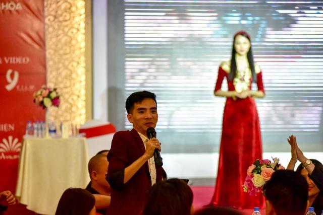 NTK Đỗ Trịnh Hoài Nam cùng các doanh nhân tiếp tục đấu giá ủng hộ đồng bào lũ lụt - 23