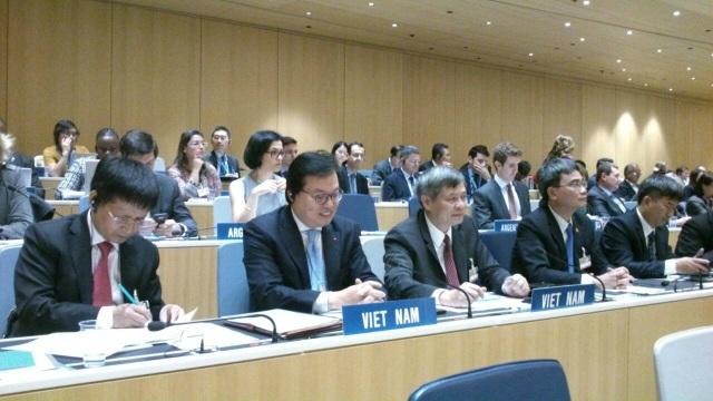 Đại sứ Dương Chí Dũng (thứ 2 từ trái qua phải) trở thành Chủ tịch Đại hội đồng WIPO nhiệm kỳ 2018-2019.