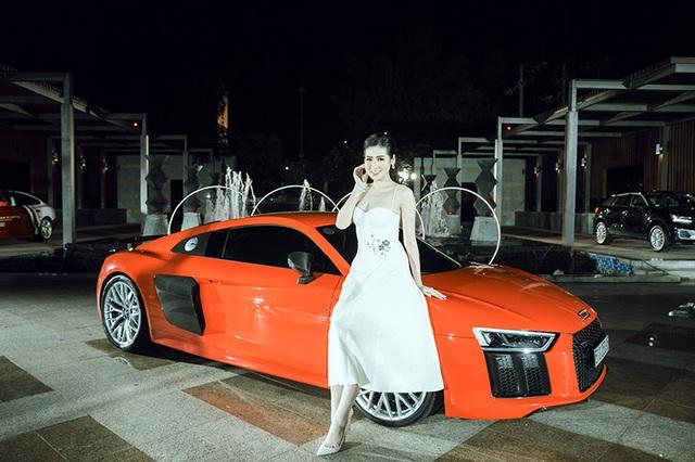 Dàn người đẹp chinh phục trong đêm hội Audi - 10