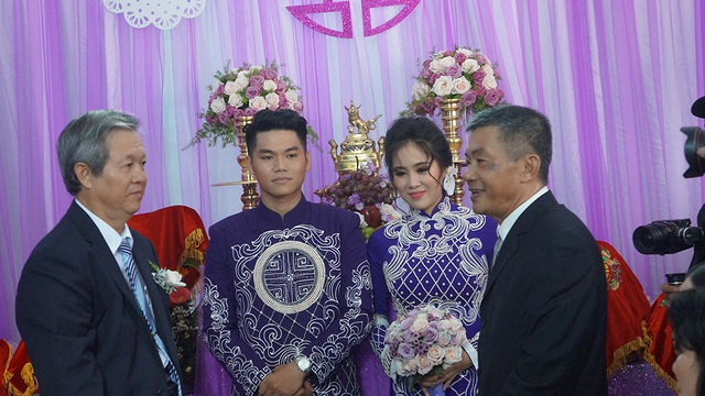 Diễn viên Lê Phương hạnh phúc bên chồng mới - 11