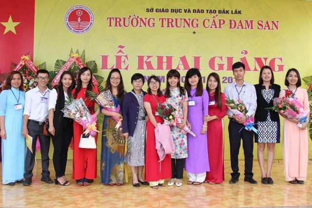 Đội ngũ giảng viên trẻ đầy nhiệt huyết, sáng tạo của nhà trường