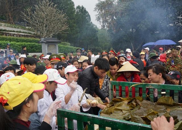 Đây là hoạt động du lịch tâm linh được tổ chức suốt 5 năm qua, thu hút nhiều du khách tới đây vào dịp đầu Xuân năm mới.