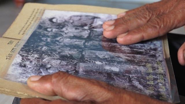 Những trang sách cũ, những tấm hình xưa về Tiểu đoàn 16 được bác Thành lưu giữ như báu vật