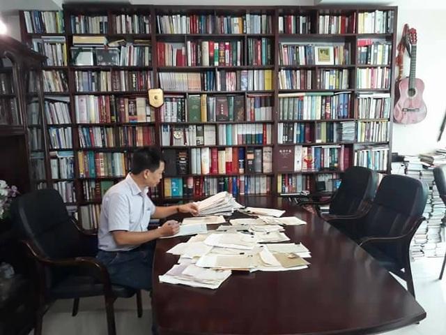 Nhà văn Đặng Vương Hưng đã mất 10 năm để hoàn thành tuyển tập Những lá thư thời chiến.