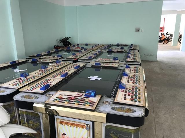Ông chủ người Trung Quốc lập sòng bạc núp bóng trò chơi bắn thú - 2