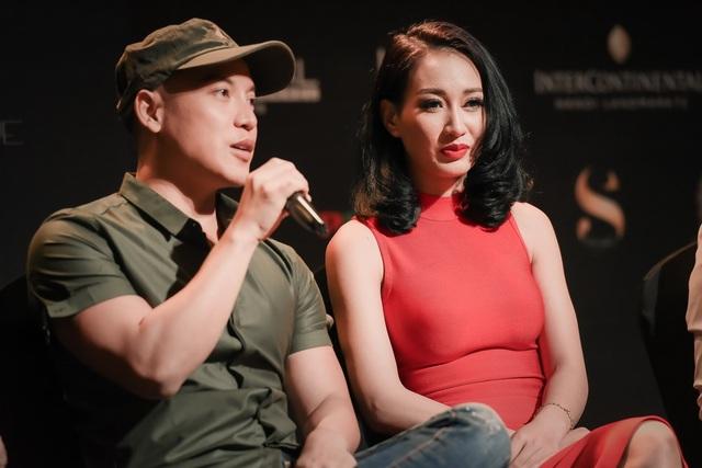 NTK nổi tiếng Cory Trần phát biểu trong Họp báo