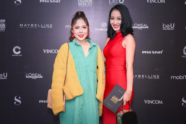 Chuyên gia trang điểm Tina Lê va NTK Valentines Vân Nguyễn