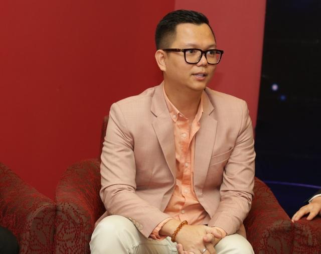 Đạo diễn Long Kan cho rằng, Bằng Kiều là một chàng trai khá đào hoa nên có lẽ không ai khác gợi đến hình ảnh mùa xuân trong tình yêu tròn vai như anh.