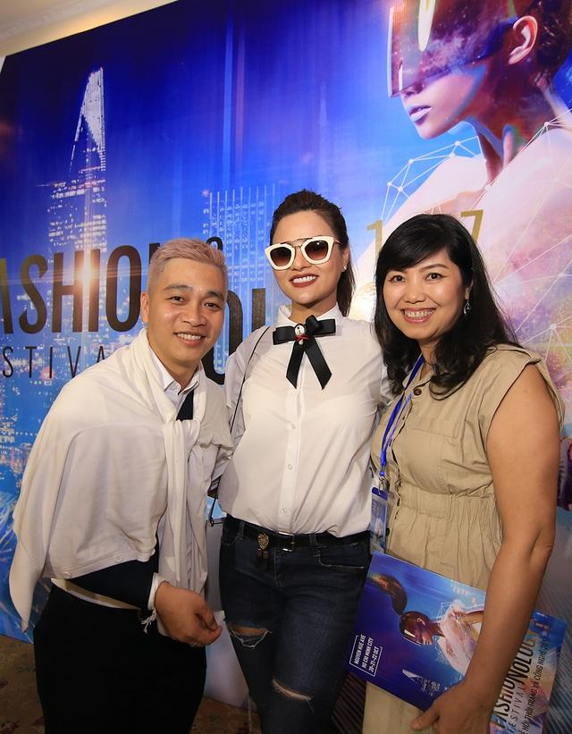 Đạo diễn Nguyễn Ngọc Thụy và cựu người mẫu Vũ Thu Phương