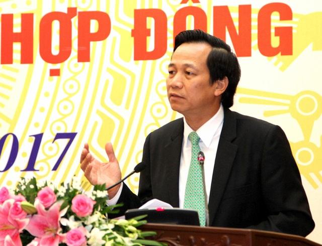 Bộ trưởng Đào Ngọc Dung phát biểu tại Hội nghị.