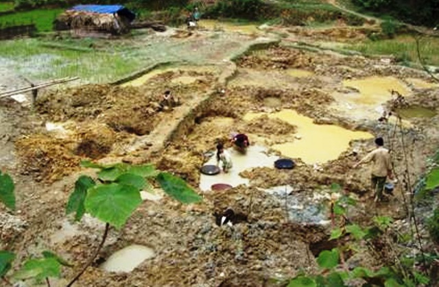 Tình trạng khai thác vàng tại xã Xuân Chinh trước đây từng diễn ra