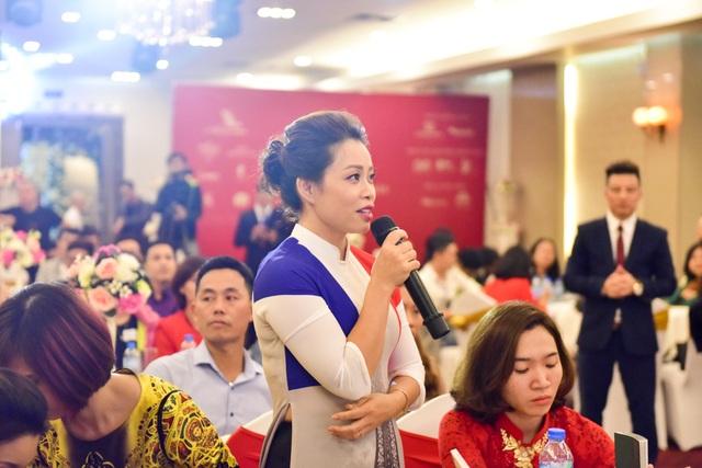 NTK Đỗ Trịnh Hoài Nam cùng các doanh nhân tiếp tục đấu giá ủng hộ đồng bào lũ lụt - 20
