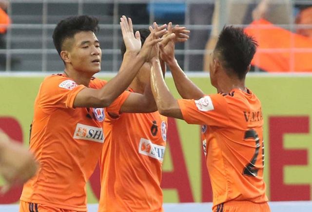 Chấn thương khiến Đức Chinh có thể lỗi hẹn với đội tuyển Việt Nam