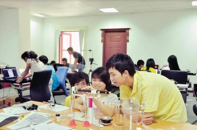 """Khoa Kỹ thuật, Đại học Tân Tạo: Đường đến """"Thung lũng Silicon"""" huyền thoại - 3"""