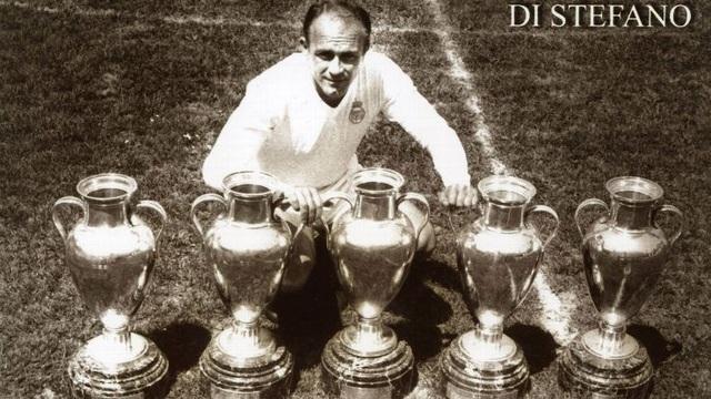 Huyền thoại Di Stefano ghi 7 bàn trong các trận chung kết Champions League