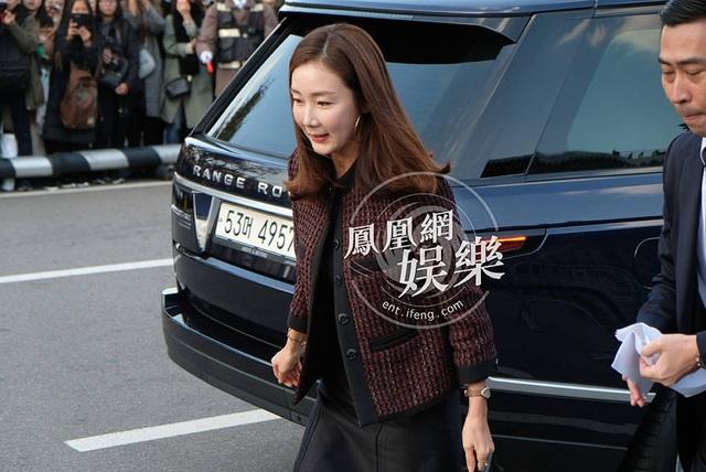 Choi Ji Woo cũng là khách mời của hôn lễ thế kỷ.