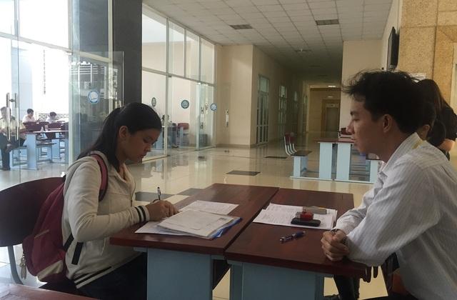 Thí sinh đăng ký xét tuyển vào trường ĐH Y dược TPHCM các năm trước